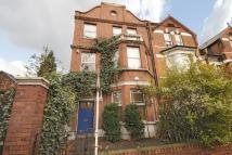 2 bedroom Flat in Cavendish Road, Clapham