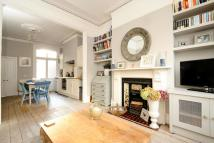 Flat for sale in Hambalt Road, Clapham