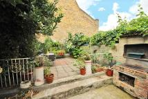 4 bedroom Terraced property in Dalyell Road, Brixton