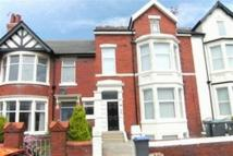 Flat to rent in 25 Horncliffe Road Flat...