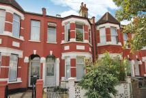2 bedroom Flat for sale in Chesterfield Gardens...