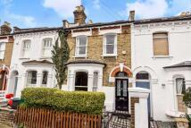 Terraced home in Topsfield Road...