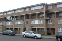 3 bed Maisonette in Hackington Crescent...