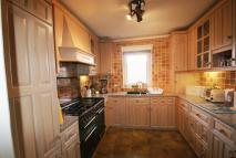 3 bed Flat in Copers Cope Road...