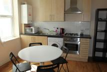 2 bedroom Apartment in High Street, Beckenham