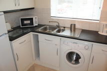 Flat to rent in Sheridan Way, Beckenham
