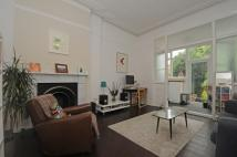 1 bedroom Flat to rent in Ferme Park Road Stroud...
