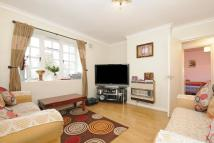 2 bedroom Flat in Casino Avenue, Herne Hill