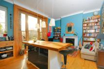 2 bed Flat in Dulwich Road, Herne Hill