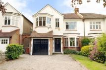 5 bedroom semi detached home in Dulwich Village...