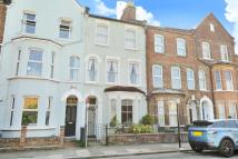 2 bedroom Flat in Milkwood Road, Herne Hill