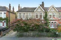 6 bedroom semi detached property in Stradella Road...