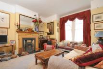 5 bed Terraced house in Barmouth Road, Earlsfield