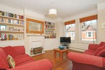 3 bedroom Maisonette for sale in Quinton Street...