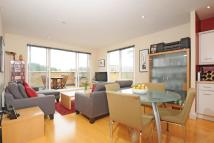2 bedroom Flat for sale in Penwith Road, Earlsfield