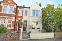 3 bedroom Terraced home in Aldren Road, Earlsfield