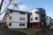 2 bed Flat in Whiteside Court...