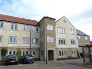 Flat to rent in Micklethwaite Grove...