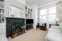 3 bed Terraced house in Codrington Hill...
