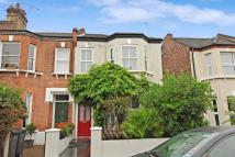 3 bed Terraced property in Queenswood Road...