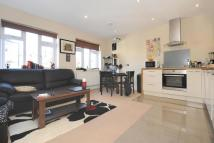 2 bedroom Flat in Ashfield Road, Acton, W3