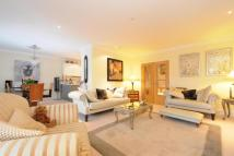 Flat for sale in West Common Road, Hayes