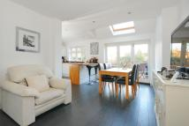 4 bed semi detached property for sale in Bourne Vale, Hayes