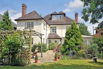 6 bedroom Detached house for sale in Hayes Lane, Hayes...