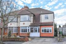4 bed semi detached property for sale in Crest Road, Bromley