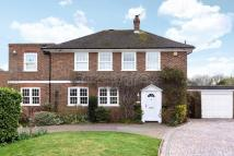 4 bedroom Detached property in George Lane, Hayes