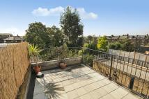 2 bed Flat for sale in Fairmead Road...