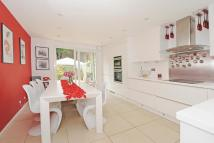 Terraced home for sale in Mortimer Road, Islington