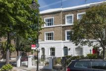 4 bed End of Terrace property in Lofting Road, Islington...