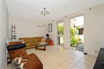 2 bed Link Detached House in Staveley Close, Holloway