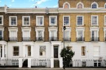 Flat for sale in Compton Road, Islington