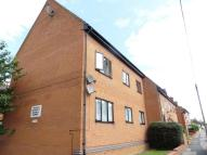 Flat to rent in Hampton House, Rushden...