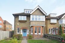 Flat in Bromley Road, Catford
