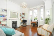 Flat for sale in Manor Park, Hither Green
