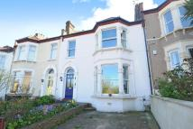 4 bed Terraced property for sale in Abbotshall Road, Catford