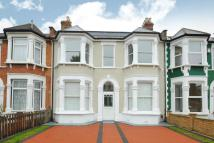 4 bed Terraced house for sale in Broadfield Road, Catford