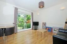 Flat for sale in Wellmeadow Road...