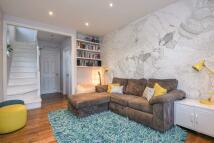 2 bedroom End of Terrace house for sale in Romborough Gardens...