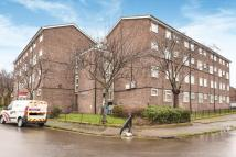 2 bedroom Flat for sale in Knowles Hill Crescent...