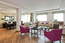 5 bed Flat for sale in George Street, Marylebone