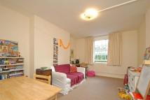 2 bedroom Flat in Fisherton Street...