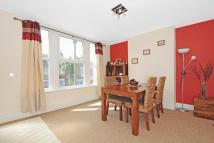 2 bedroom Flat in Russell Road...
