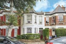 2 bedroom Flat in Victoria Road...