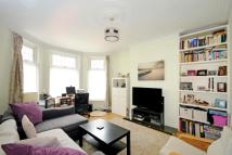 2 bed Maisonette in Albert Road...