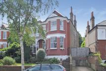 5 bed Terraced home for sale in Dukes Avenue...
