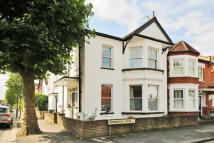 Maisonette in Annington Road...